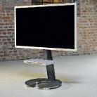 Das Modell Omega Art 111 ist ein rollbarer Fernsehhalter, sehr stabil, auch für große Fernseher geeignet.