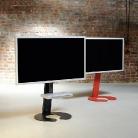 Dieses Modell Omega Art 111 aus der Schmiede Wissmann Raumobjekte ist ein rollbarer und sehr stabiler TV Halter, sehr geeignet für große Fernseher.