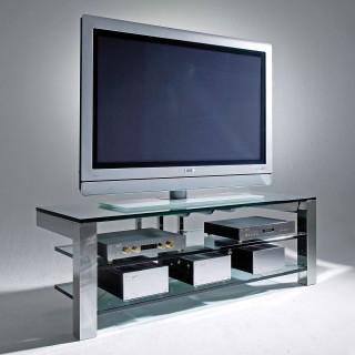 Ein Fernseh Audio Möbel mit schlichten Design. Rahmen aus Stahl mit 3 Fachböden aus Glas. Modell Focus 150 von Schroers&Schroers.