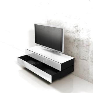 Ein Lowboard mit Oberflächenverglasung für Hifi TV Genuss von Spectral.