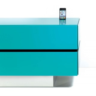 Hifi TV Möbel mit Ladefunktion für Smartphones.