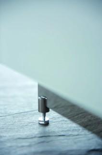 Fußgestell höhenverstellbar für Hifi TV Möbel von Spectral