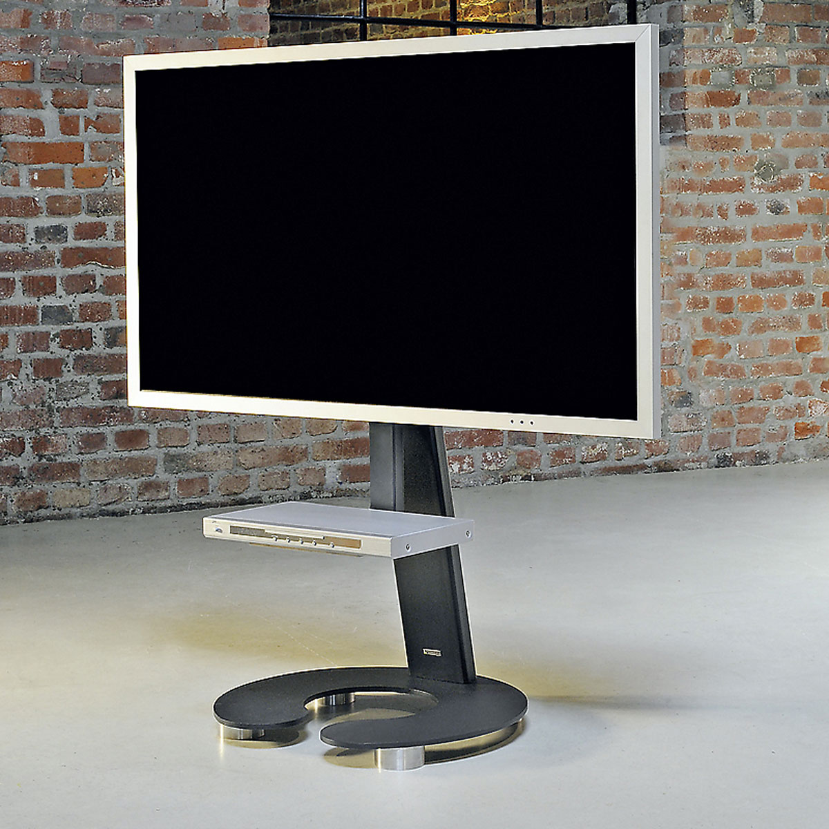 tv board mit rollen interesting tv with tv board mit rollen cheap biete tvboard mit rollen in. Black Bedroom Furniture Sets. Home Design Ideas