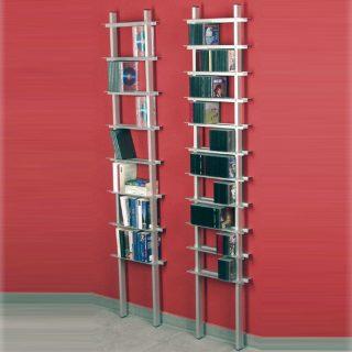 Eine Leiterregal zur CD DVD Archivierung, endlose Erweiterung möglich.
