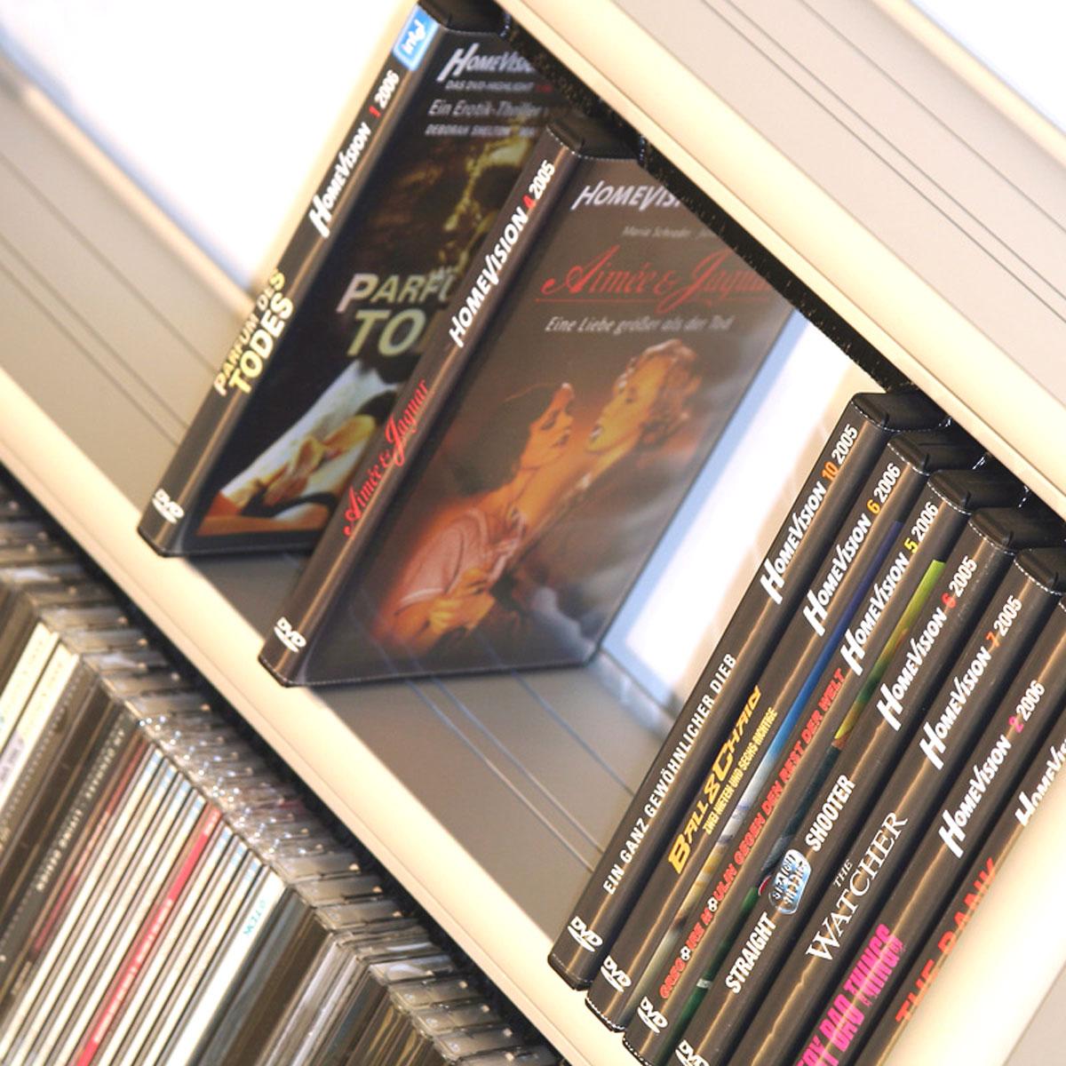 Klassisches CD-DVD Regal aus Aluminium. Modell Aluline von Technosign.