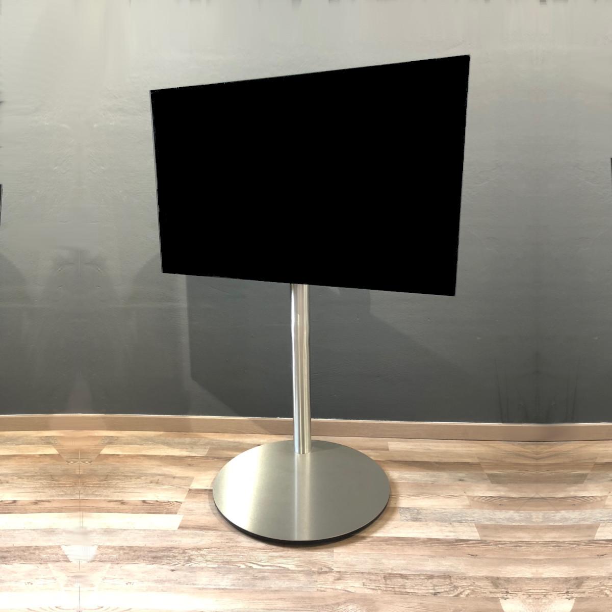 Designer Fernsehhalter aus Edelstahl, rollbar und stabil. Wissmann Raumobjekte.