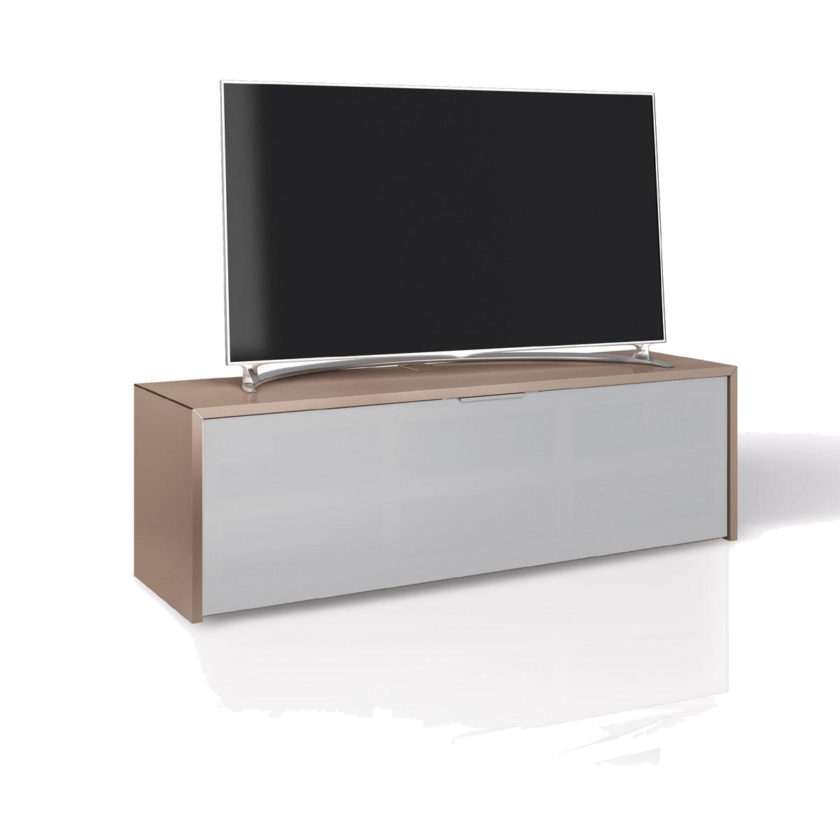 Geschlossenes TV Lowboard  mit stoffbespannter Klappe. Verdecktes Kabelmanagement. Für Soundbar und Audiogeräte. MK Sound von Schnepel.