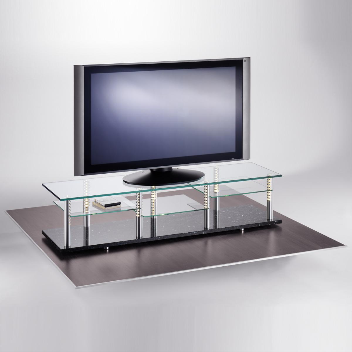 Ein Hifi TV Regal. 185x40x50 cm (BxHxT). Sockel aus Naturstein. Ablageböden aus Glas.Tragesäulen aus Aluminium. Edles Design. Modell Trimedia 3 von Liko Design.