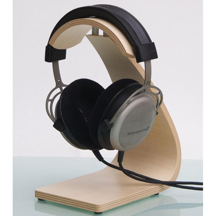 Ein Kopfhörerhalter aus Edelholz, ergonomisch schonendes Design. Rutschfest, perfekte Belüfftung. Modell FS Pro von Rooms.