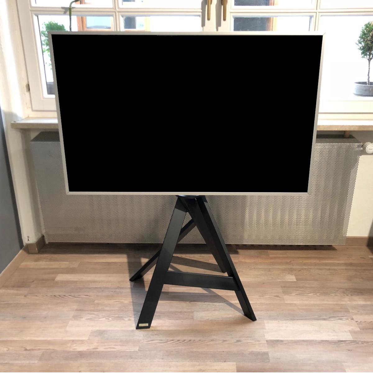Ein TV Ständer von Wissmann