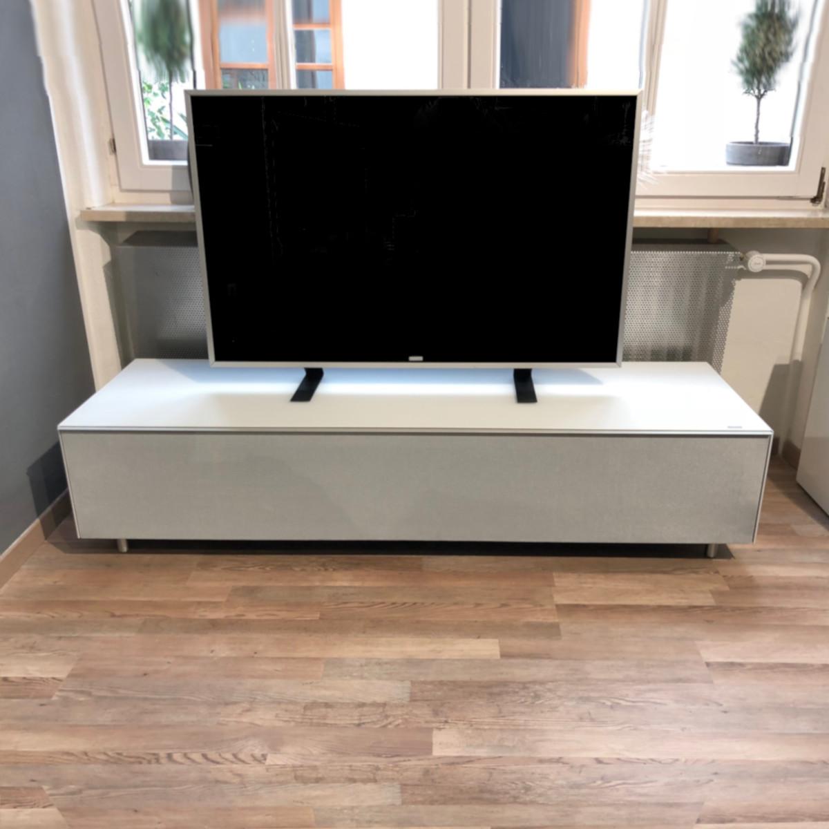 Spectral, tv möbel, günstiges Aktionsmodell Scala SC 1654, Wegen einem Makel auf der Rückseite sehr preiswert.