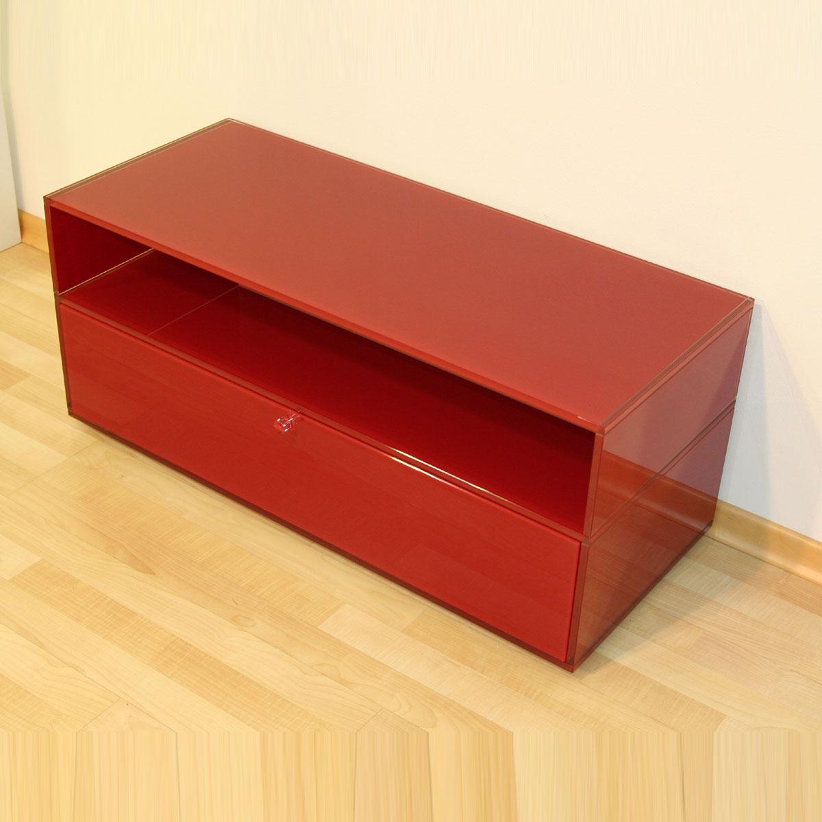 Ein stabiles rollbares Hifi TV Ganzglasmoebel zur unterbringung ihres Fernsehers und Audiogeräte. Mit Klappe und Ablagefach. Fertigung nach Wunschmaß. Modell Mid Roll Compact von Glass Concept.