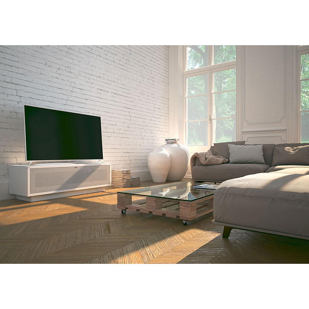 Ein TV Lowboard mit Soundklappe. Modell Varic von Schnepel.
