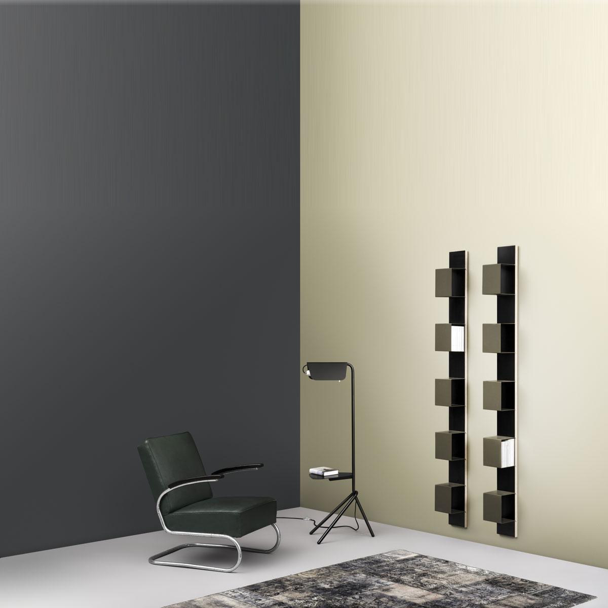 Wandregal 25x200x28 cm (BxHxT) mit 5 Ablagefächer. Wandpanel aus Birke Multiplex-Fächer aus Stahlblech. Edles Design. Modell Wall 4 von Müller Möbelfabrikation.
